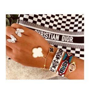 Friendship bracelet 👭